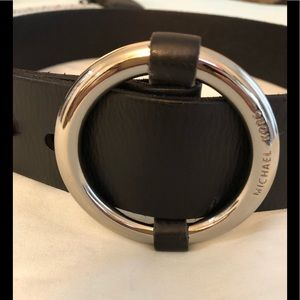 Micheal Kors wide belt with silver circular buckle